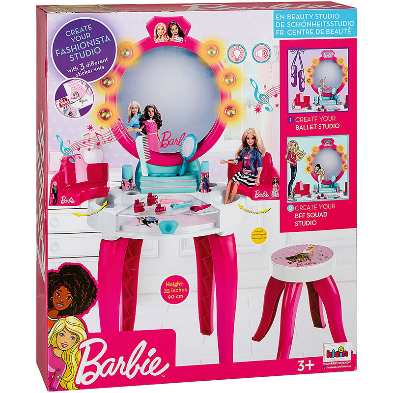 Salon de frumuseţe Barbie